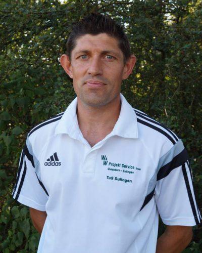Niko Müller